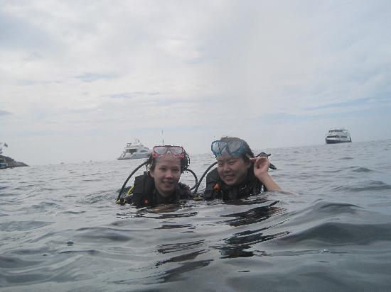 Aqua Center Thailand: finishing the dive