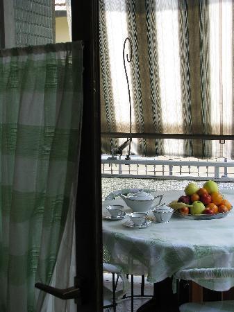 Villa Bonyem Bed And Breakfast : 1^ colazione a Villa Bonyem