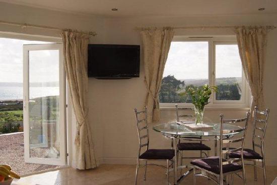 Denham House: Sunnyside View Out Patio Doors