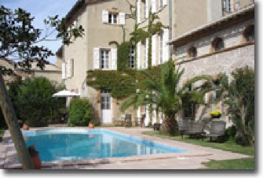 Maison Josephine : vue piscine