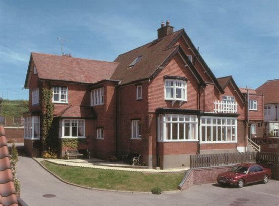 Camberley Guest House: Camberley House