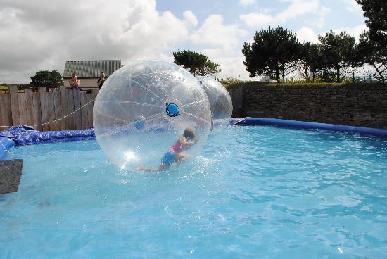 Holywell Bay Fun Park: Water Walkers