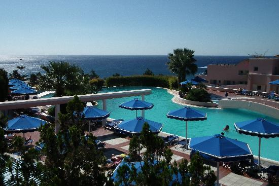 Rodos Village Beach Hotel & Spa: Top pool with great views