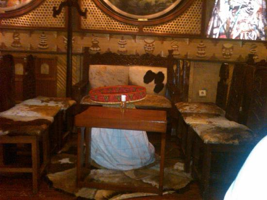 Yod Abyssinia Traditional Food: sitting area