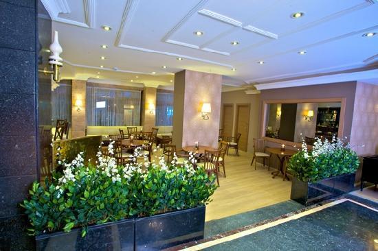 Grand Emin Hotel: LOBY BAR