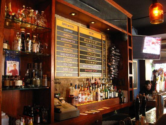 The Pony Bar : ...and taps