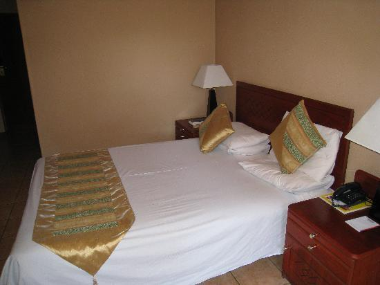 Cresta Golfview: Room