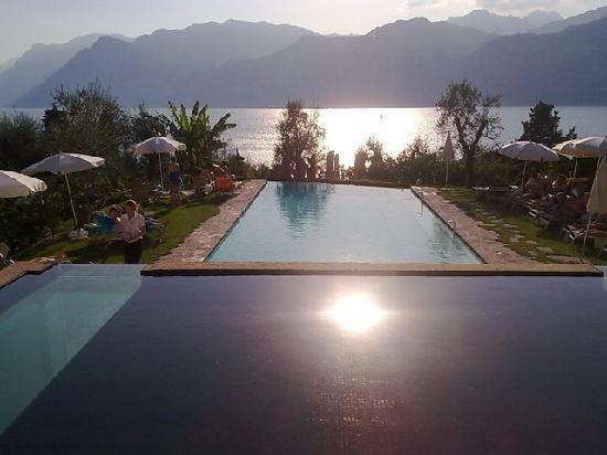 Hotel Internazionale: Pool view