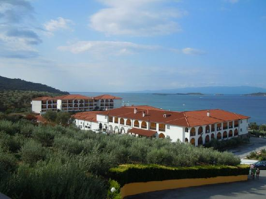 Akrathos Beach Hotel: view from ATHINA building