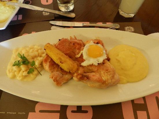 Chicha por Gaston Acurio: Chicken