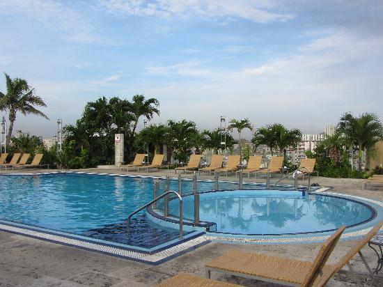 Iberostar Parque Central: The rooftop pool