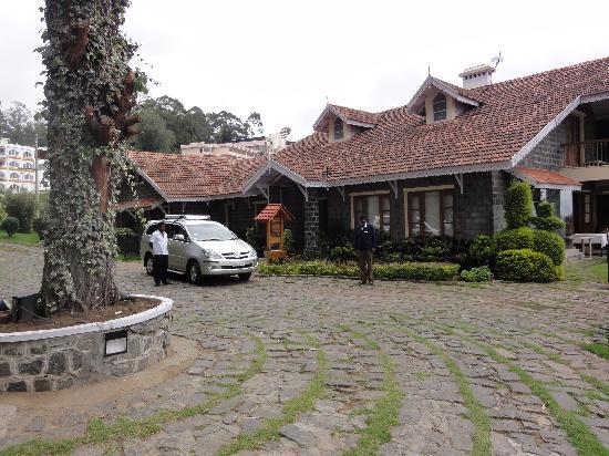 Club Mahindra Coaker's Villa: The property - Main building