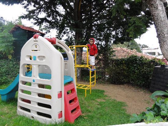 Club Mahindra Coaker's Villa: Children's play area