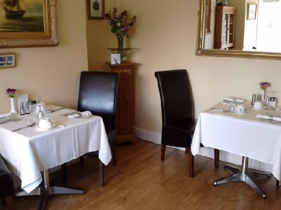 Bryn Arthur Guest House: Dining Room
