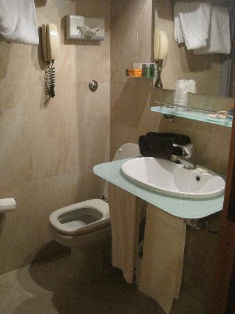 Polo Hotel: Salle de bain