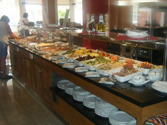 Granada Park Apartments: FOOD