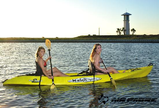 How to Paddle a Tandem Kayak - YouTube