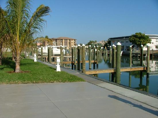 The Bayside Inn & Marina: Boat Slips