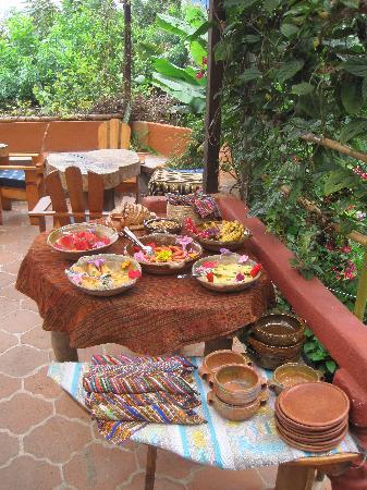 Lush Atitlan: Breakfast