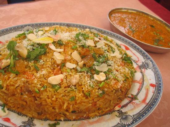 Maharaja Indian Restaurant: YUM!