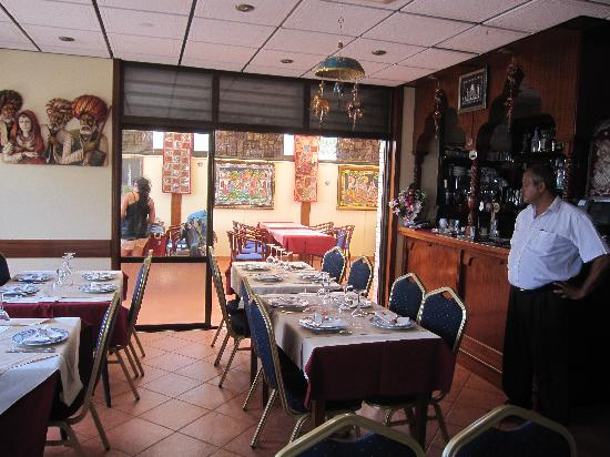 Maharaja Indian Restaurant: indoor seating
