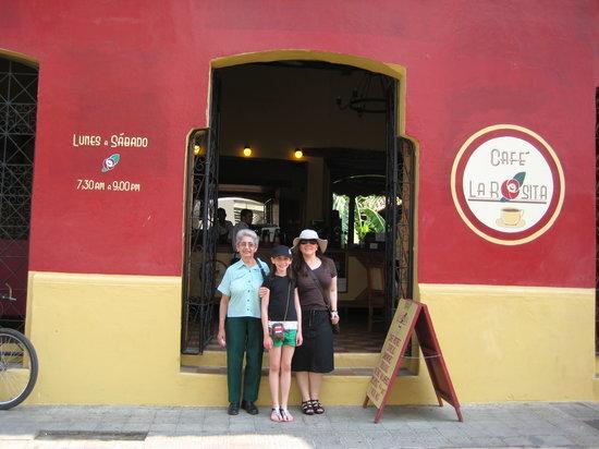 Cafe La Rosita: Front of La Rosita