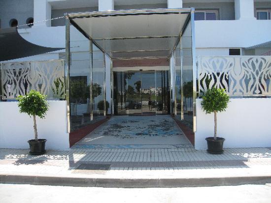 Sisu Boutique Hotel & Spa : Outside Hotel