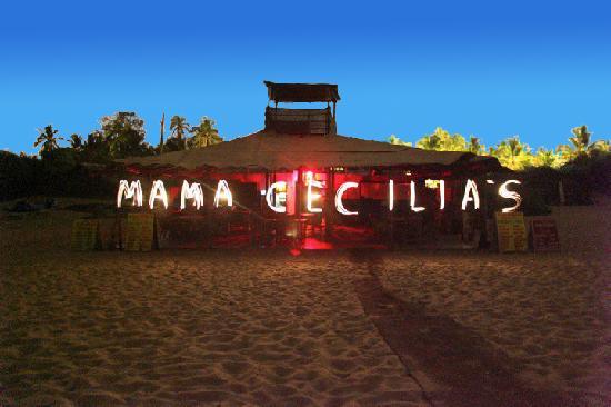 Candolim Beach: Mama Cecelias at night
