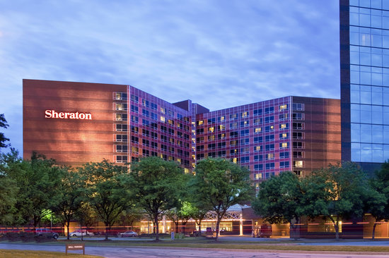 Sheraton Indianapolis Hotel At Keystone Crossing Suites Exterior