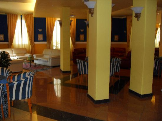 Hotel Da Vinci: Hall
