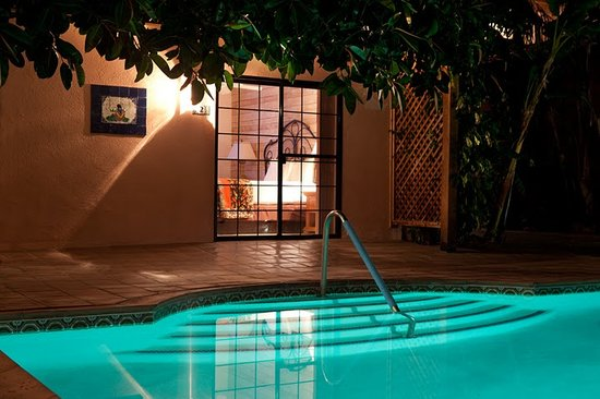 Hotel California: View into a King Poolside Room from Pool