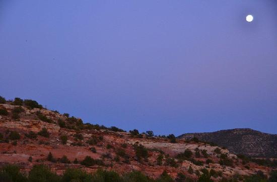 Kelly Place: night sky