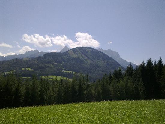 View of the mountains from Haus Loidl backyard