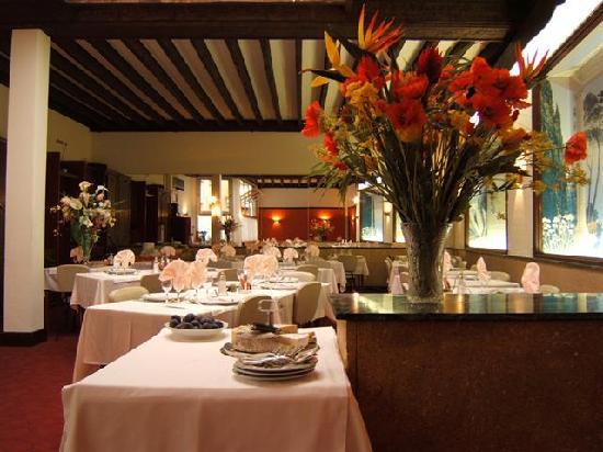 Hotel Moderne: salle restaurant