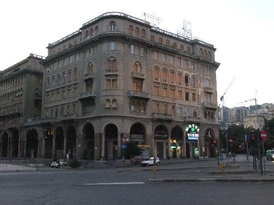 esterno foto di best western hotel moderno verdi genova