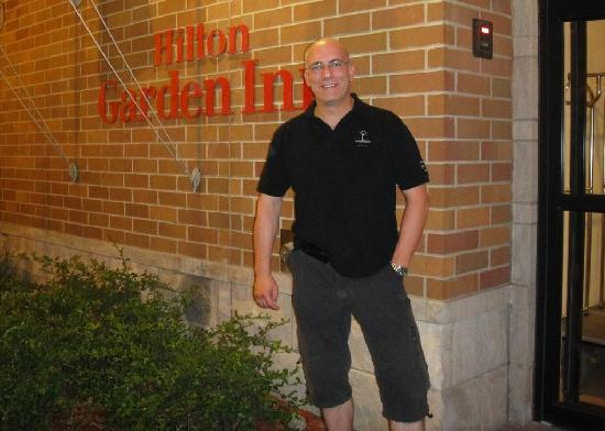 Hilton Garden Inn Bloomington: Me in front of the hotel