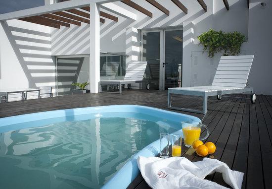 My Suites : Heated Pool