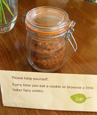 Little Leaf Guest House: Delicious home baked cookies