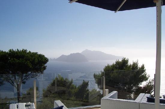 Relais Blu Belvedere: View of Capri