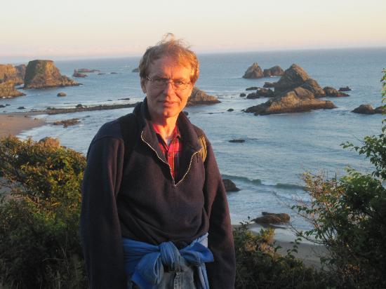 Winnemucca, NV: Moi:  sur une failaise au dessus la baie de Brookings, OR
