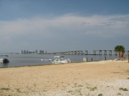 Best Western Navarre Waterfront Bridge At