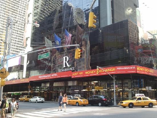 hotel entrance picture of renaissance new york times. Black Bedroom Furniture Sets. Home Design Ideas