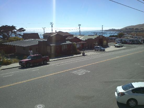 Cayucos Sunset Inn: View from our room