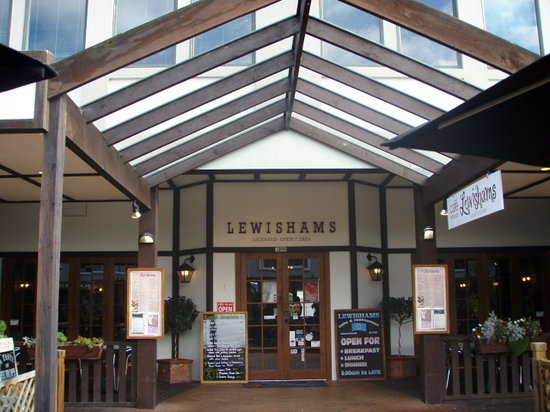 Lewishams Cafe & Restaurant : Lewishams Restaurant & Cafe