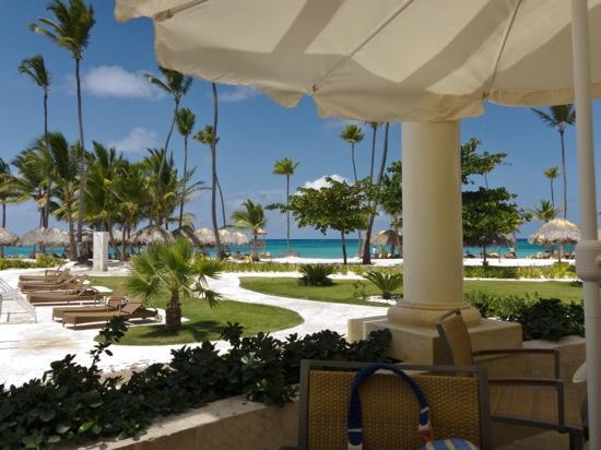 Iberostar Grand Hotel Bavaro: Vue depuis le buffet du midi