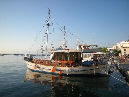 Thassos Town (Limenas), Greece: The old port