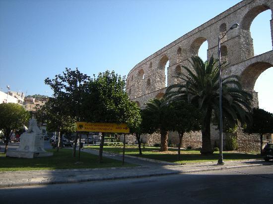 Kavala, Greece: Aqueduct