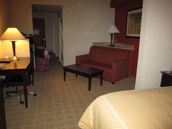 Comfort Suites Vero Beach : room