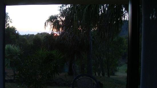 Grasstree Beach, Australia: Sunrise view from our bed