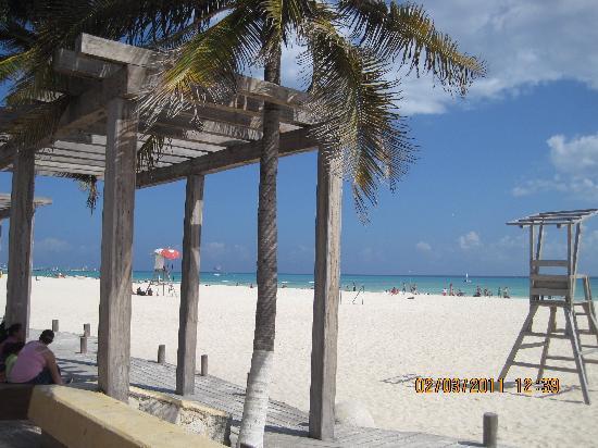 Mayan Palace at Vidanta Riviera Maya: the beach at Playa del Carmen